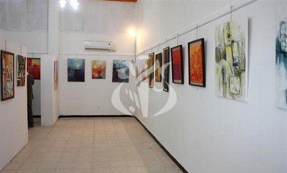 Bouira: 25 wilayas au 2e salon national des arts plastiques